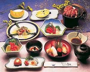 水都のやすらぎ ホテル芝田:海の幸が中心のお料理(一例イメージ)