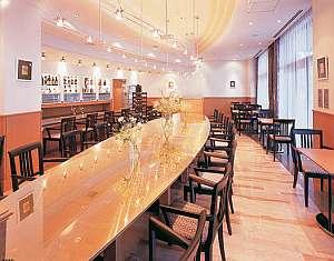 ブロッサムホテル弘前:テラスレストラン「ビサイド」朝食会場となっております
