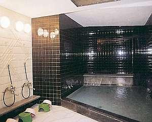 旅館さかえ:【大浴場】西日本でも数少ない効能自慢のラドン温泉