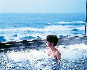 犬吠埼温泉 海辺のくつろぎの宿 ぎょうけい館:展望大浴場
