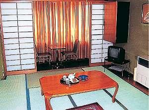 工藤旅館:8畳間客室