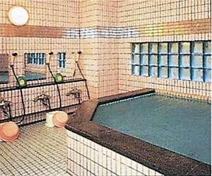 ますや旅館:ジェット風呂、貸切出来る家族風呂も有ります。予約要