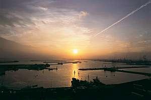 三崎ホテル:小名浜港の夕景は旅情緒を満喫させてくれる