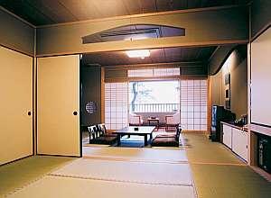 岩滝温泉 ホテル喜楽家 :広々絶景眺望の新館客室