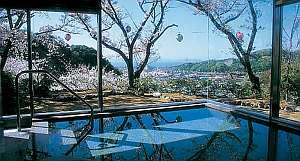 権現山荘:展望風呂からの眺め