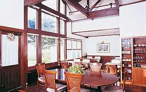 信州車山高原 和風料理のプチホテル花南