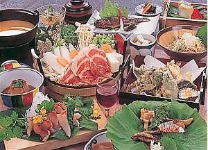 露天風呂と田舎料理が楽しめる宿 すわ湖苑:信州田舎料理