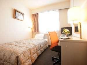 ホテル シルク・トゥリー名古屋:シングルルーム(昼)