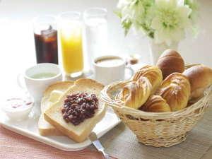 ホテル シルク・トゥリー名古屋:無料軽朝食 小倉トースト