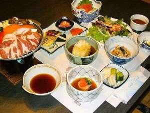 宮下温泉ふるさと荘:夕食一例