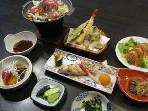 宮下温泉ふるさと荘:ほっとプラン夕食一例