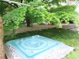 名鉄イン名古屋金山:水の潤いをテーマにしたテラス
