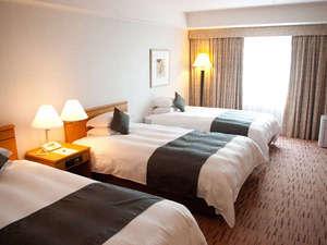 広島エアポートホテル:ツインルーム+エキストラベッド