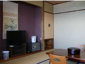 あしずり温泉郷 ホテル椿荘:落ち着いた雰囲気の和室です