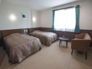 ホテル村上:ツインルーム【19㎡~24㎡のお部屋はゆったり】ご夫婦・カップルでの日光観光の拠点として