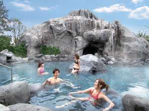 大江戸温泉物語 浦安温泉 浦安万華郷 :大滝の湯・・・当館最大のお風呂です。