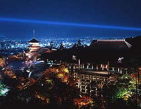 清水寺からの夜景は絶景です