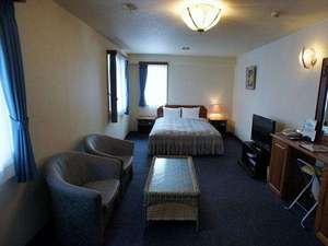 ホテル セントピア:1日1室限定の、33平米のセミスイートルーム(禁煙室)。