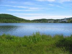 白樺湖畔 民宿なかや:白樺湖畔は景色最高です