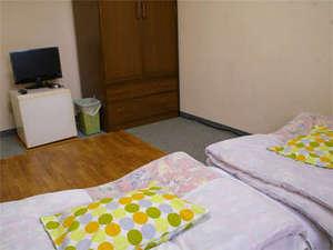 ビジネスホテル ハートワン:≪ツイン※Wi-Fi使えます≫2人旅にオススメ!※マットレス、または敷布団のお部屋にご案内致します。