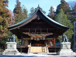 ■諏訪大社下社秋宮≪全国1万余の諏訪神社の総本社。7年に1度の御柱祭りは有名です≫