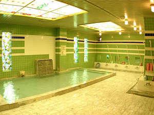 諏訪レイクサイドホテル(HMIホテルグループ):■大浴場<豊富な湯量の上諏訪(かみすわ)温泉>(営業時間 15:00~23:00、23:30~翌朝10:00)