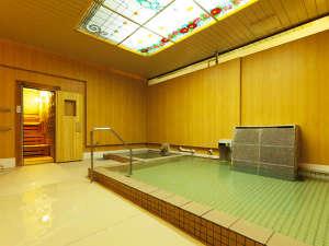 ■上諏訪(かみすわ)温泉小浴場(ご利用時間15:00~24:00、05:00~10:00)