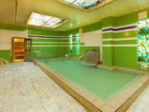 諏訪レイクサイドホテル(HMIホテルグループ):■大浴場<豊富な湯量の上諏訪(かみすわ)温泉>(営業時間 15:00~24:00、05:00~10:00)