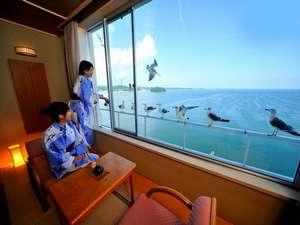 南三陸ホテル観洋:お部屋から180℃パノラマの海を一望できる♪海側客室一例【東館】