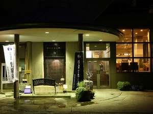 ホテル玄関前 1
