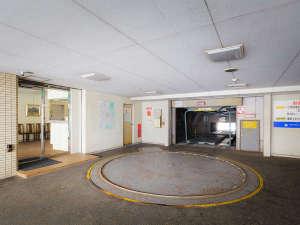 別館:立体駐車場