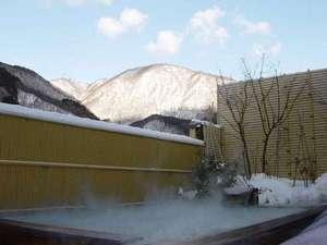 認定5つ星 緑と人の優しさに包まれる癒しの湯宿 たちばなや:雪と露天風呂