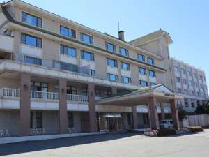 諏訪湖畔に佇む歴史ある宿 かたくら諏訪湖ホテルの写真