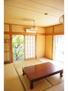 民宿 凱旋屋:お部屋は純和風で統一!清潔感溢れ居心地◎(和室洋トイレ洗面付)