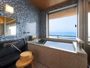 <NEW>温泉半露天風呂付き和洋室(和室+TWベッド)[8-7F]:(テラス風リビングタイプ)イメージ