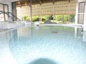 【洋風呂】重厚感溢れる大理石のお風呂で心も身体もリフレッシュ!