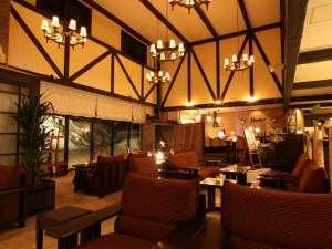 ラビスタ大雪山:■ロビー■木の香りに包まれながら、ソファーでゆったり美味しいコーヒーを・・・