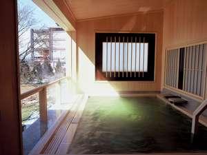 日本百景の加茂湖と両津湾が望める朱鷺の傷湯伝説の温泉露天からの眺めは最高♪