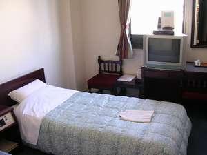 ホテル28広島:お風呂・トイレ付のシングルB/S。お得なツインルームにも変身します。