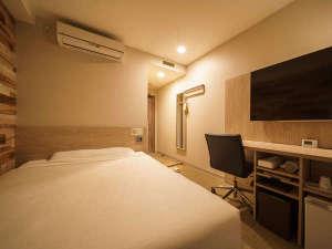 ■スタンダードルーム■眠りを追求した140cm幅とワイドベッドと適度な硬さのマットでぐっすり