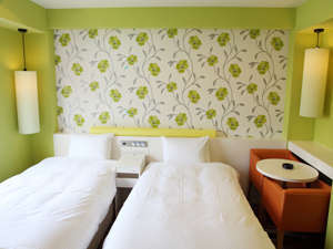 ザ・ホテルノース大阪:デラックスツイン♪ゆったりとしたくつろぎの時間お部屋でごゆっくりとおくつろぎください。