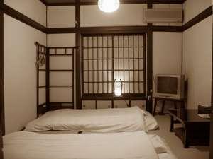 竹家荘旅館:2名様用のお部屋です 写真のお部屋は、NHK総合テレビ「関西もっといい旅」にて紹介されました