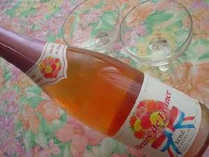 フランス産スパークリングワイン。