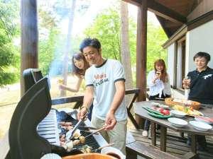 ホテルアンビエント安曇野コテージ:【BBQコテージ】自然の中で楽しむBBQパーティーは格別です。