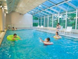 鬼怒川温泉ホテル:お子様に楽しい室内プール!2018年7月21日~9月2日オープン ※水着・キャップ着用