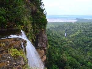 西表島モンスーン:ピナイサーラの滝上【各種ツアーもやってます】