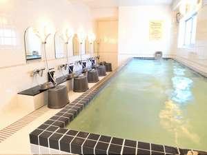 【光明石温泉大浴場】温泉の効能で疲れが取れます。朝風呂もご利用可能です。※男女入替制 2/10~改装工事