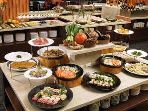 浄土ヶ浜パークホテル:三陸の地産食材を楽しむ 夕食ビュッフェ一例