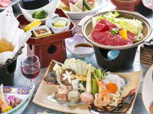 つなぎ温泉 愛真館:「ご夕食イメージ」 地の利を生かした山海の恵みを食膳へ。目と舌で味わう鮮やかなお料理の数々