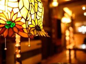 別館〝光ラウンジ〟でゆるりとした時間をお過ごしください